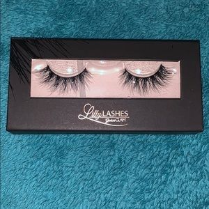 Iilly Lashes